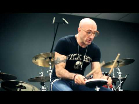 Drum Lessons: Kenny Aronoff Technique Lesson